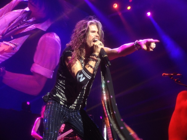 aerosmith live photos berlin it 39 s only music but live. Black Bedroom Furniture Sets. Home Design Ideas