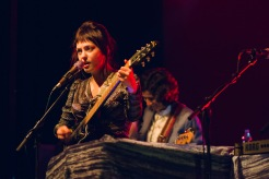 angel-olsen-columbia-theater-25102016-009_30468134272_o